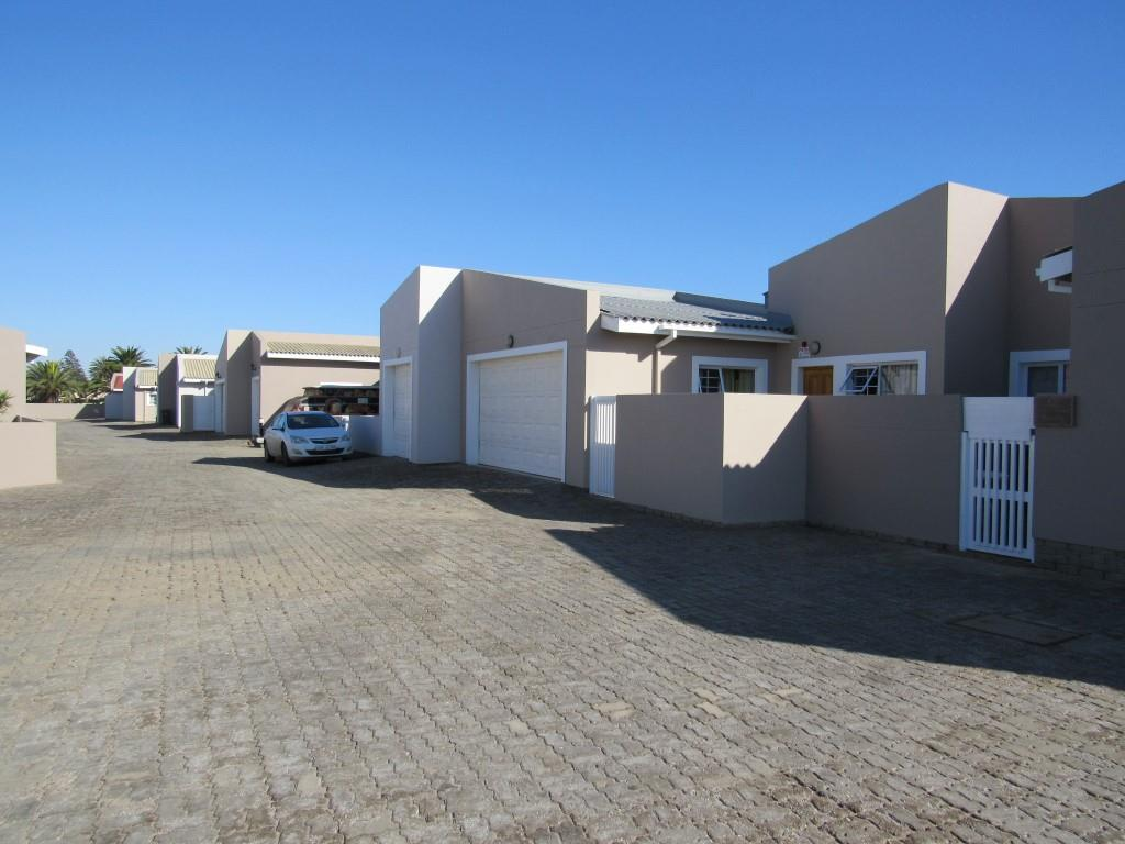 2 Bedroom Townhouse for Sale in Kramersdorf, Swakopmund - Erongo