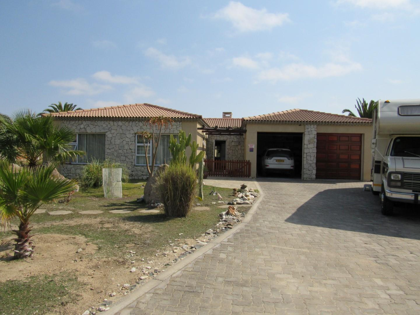 3 Bedroom House for Sale in Rossmund Golf Estate, Swakopmund - Erongo