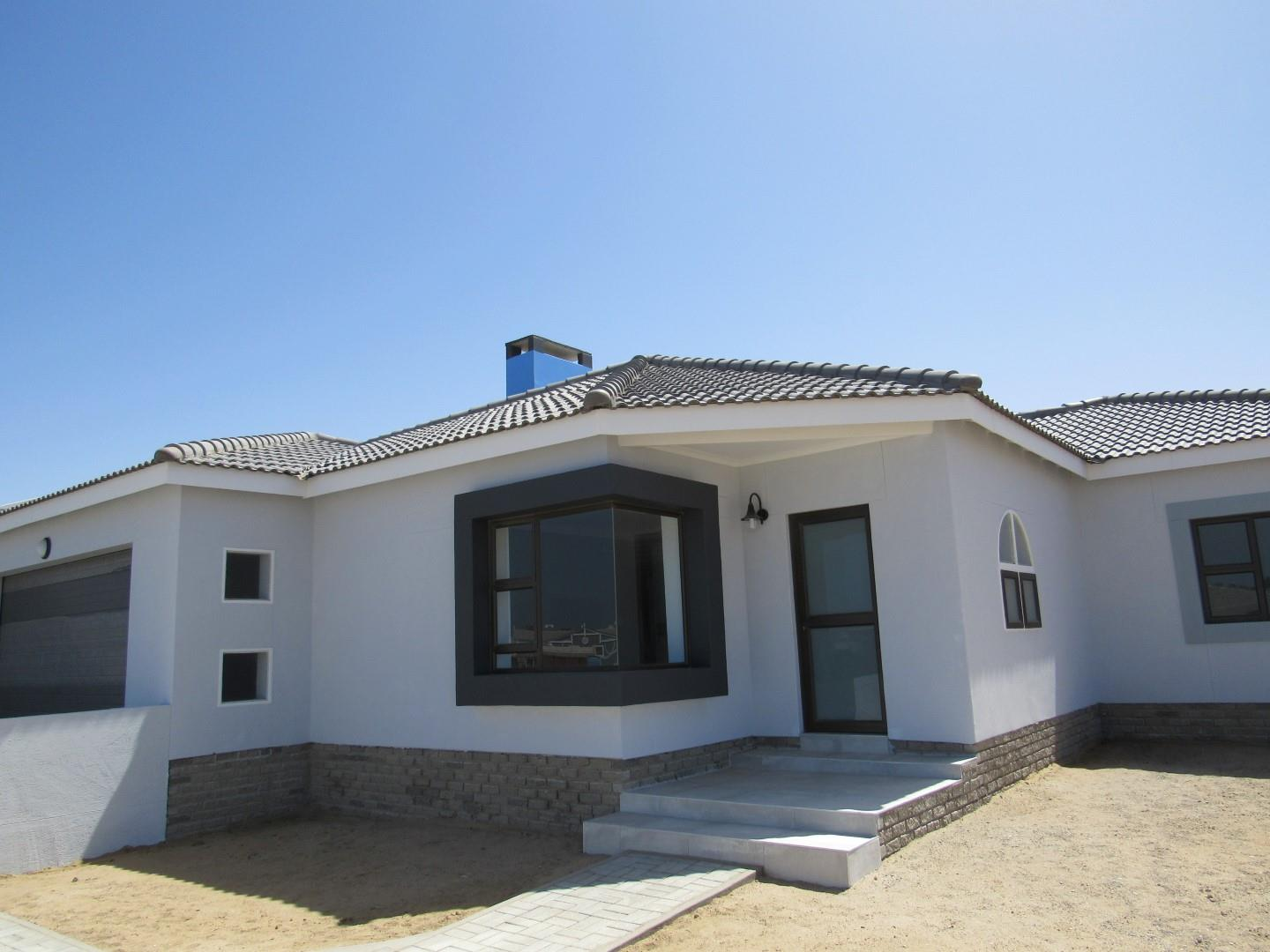 3 Bedroom House for Sale in Mile 4 Ext 1, Swakopmund - Erongo