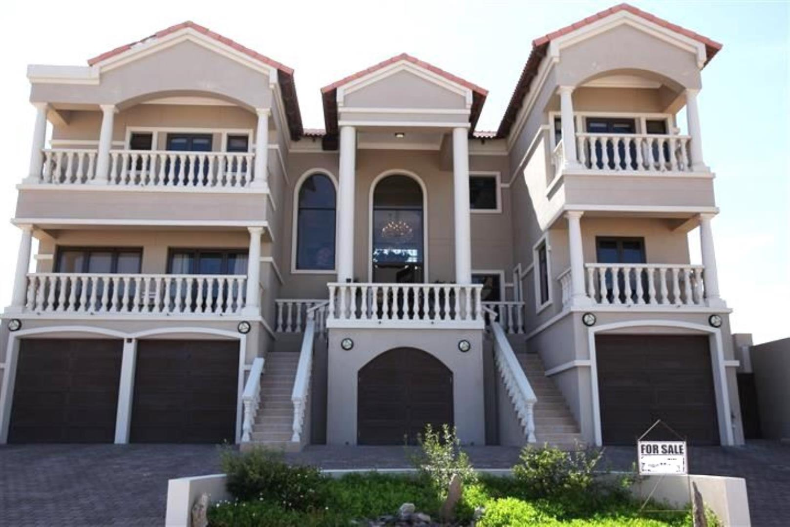 6 Bedroom House for Sale in Langstrand, Walvis Bay - Erongo