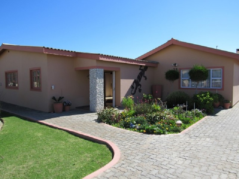 4 Bedroom House for Sale in Extention 9, Swakopmund - Erongo